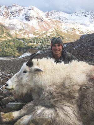 G12 Mountain Goat - Cliff Gray Hunting Guide